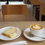 SLOPE - カフェモカとパウンドケーキ