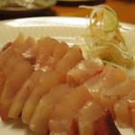 びすとろ海畑 - 料理写真:刺身(ツムブリ)