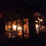 ウッディーキャロット アンド モモコハウス - 夜のモモコハウス。
