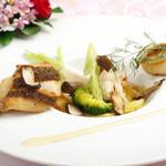 ジュノー - お魚料理もお野菜と一緒にどうぞ♪
