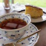 樹林 - 屋久島産、有機無農薬の紅茶とタンカンケーキで爽やかに