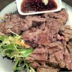 立呑み厨房 いち - 2013.2.7 名物!ビーフステーキ(タレ)480円は必食せよ!