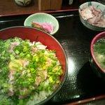 mihashiya - ネギトロ丼ランチ(860円)