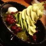 京甘味 文の助茶屋 そごう神戸店 - 抹茶蜜もかけます!
