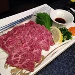 肉匠迎賓館 田原本店 - レアステーキたたき風980円