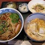 1751111 - Sランチ950円(山菜)蕎麦とミニ(かつ)丼