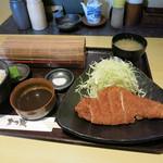 17513557 - かつ蔵@かつ蔵定食(小鉢三品付) 900円_01