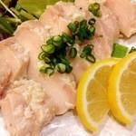 やきとり居酒屋どん - 塩麹の風味が最高!自家製鶏ハム
