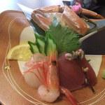 和平おもてなし館 - 造り まぐろ 鯛 甘海老 蟹