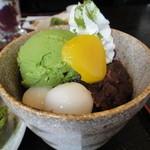 憩和井 - 東屋セットのミニ抹茶パフェ
