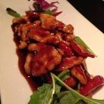 パラゴン - 火吹鶏  850円 唐辛子まで食べたらドリンク1杯無料。
