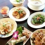 アンデップ - 料理写真:色々な料理を少しずつ堪能できるコース料理