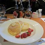 SATSUKI - あまおうのパンケーキ