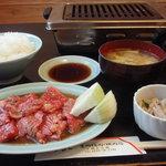 豊岡精肉焼肉店 - カルビ定食 2011