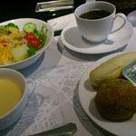 17531885 - セルフサービス、ドリンク・サラダ・スープ・パン