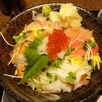 北の味紀行と地酒 北海道 - 海鮮丼ランチ980円