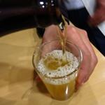 かどや - ビンビール(中)450円