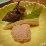 三河すし - 創作料理も楽しめます。