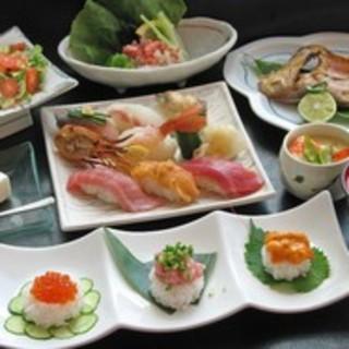 お寿司はもちろん、ランチやご宴会コースのご用意もございます。