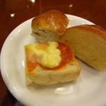 ハンバーグ&ステーキ俵屋 - 大人はパン食べ放題