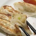 MADE IN JAPAN かにチャーハンの店 - ・「野菜餃子 5個(\180)」