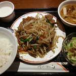 夜来香 FORMOSA - 平日ランチ:D定食「ニラとレバー炒め」(550円)