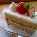菓子工房pure - 苺のショートケーキ