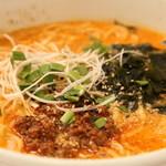 次男坊 - 料理写真:辛さ調節可能なタンタン麺