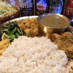ヒマラヤン シェルパ - 料理写真:当店イチオシはやっぱりネパールのてっぱん料理『ダルバート』!!