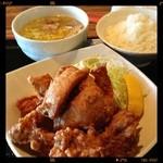 まんぼう - 唐揚げ定食¥780、ミニラーメンは塩をチョイス!濃厚鶏出汁スープで美味しい(^ ^)