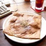 アシエンダ・カフェ - 野菜のガレット(正式名称ではありません)1029円、アイスコーヒー420円