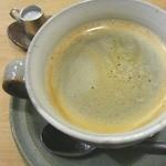 シーフィールド - 美味しいタルトと珈琲を頂いて今日もほっこり。素敵な食器を眺めて目の保養も・・・