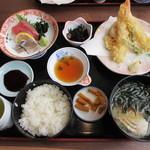 魚大将 - 海鮮御前(1155円)