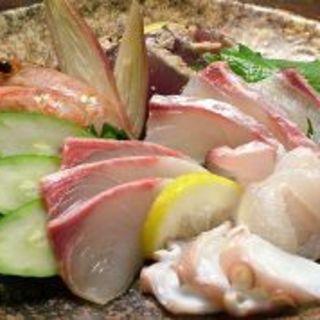 旬のお魚を使ったお料理もご用意しております♪