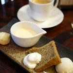 酒+蕎麦 な嘉屋 - デザート、珈琲