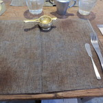 17561962 - テーブルセッティング。