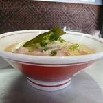 麺匠 呉屋 - 横から潮ラーメン