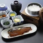 銀シャリ亭くまだ - 料理写真:鯖味噌煮ご膳