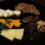 ウタカタ - チーズ盛り合わせ