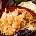 天ぷら ひさご - 1番人気の天丼!秘伝のタレが食欲をそそります。