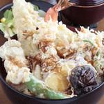 天ぷら ひさご - 土・日・祝日限定 メガ盛り!大名天丼