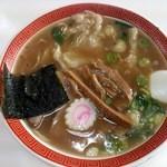 味佳 - ワンタン麺