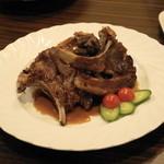 ウランバートル - 2013.2 シャルスン・ハビルガ(1個600円)ラム肉のスペアリブ焼き