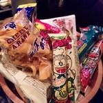 フィオーリア ギンザ アリアブル - 駄菓子盛合せ 桶で