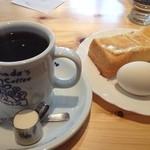 コメダ珈琲店 - ブレンドコーヒー(モーニングサービス)