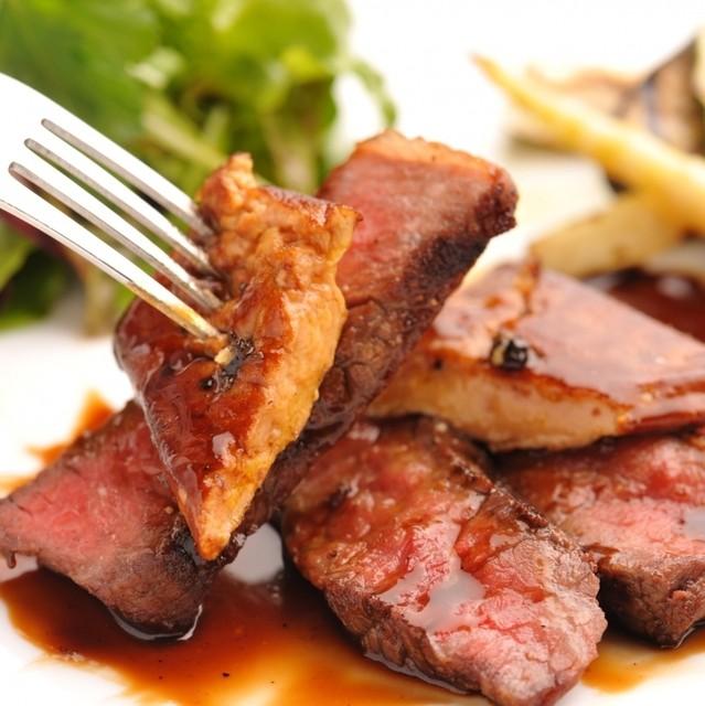 バール・エ・リストランテ・タブリエ - 香ばしくとろけるフォアグラと仔牛の極上ロッシーニを堪能!