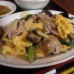 皇庭餃子房 - 豚肉と玉子とキクラゲの炒め物