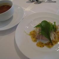 Restaurant H&A-キャベツとトマトのスープ コールドポーク