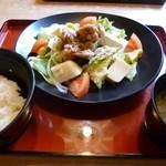 ジョイフル - 料理写真:2013.03 季節限定の『からだ喜ぶ満足膳』、、、4種類あってどれも499Kcal以下でお値段も499円♪