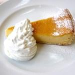琥珀 - ベイクドチーズケーキ